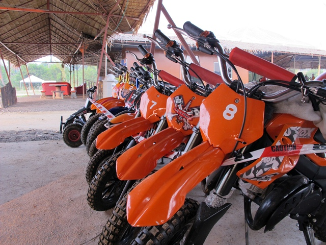 motor Denai Alam Recreational Club (DARC)