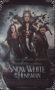 snow 2 185x300 Movie Review: Snow White and the Huntsman