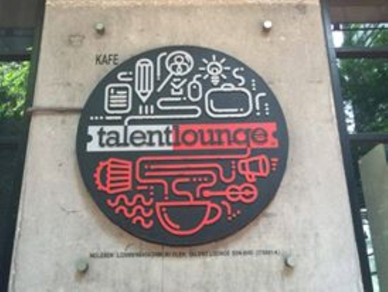 gillette-mach3-talent-lounge